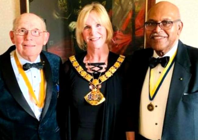 Mayor of Halton, Cllr Margaret Horabin with the Runcorn Rotary Presidents Tony Rudder and Ken Tonge