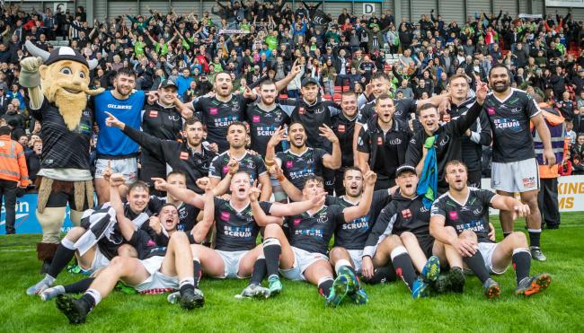 Widnes Vikings beat Leigh to reach Wembley
