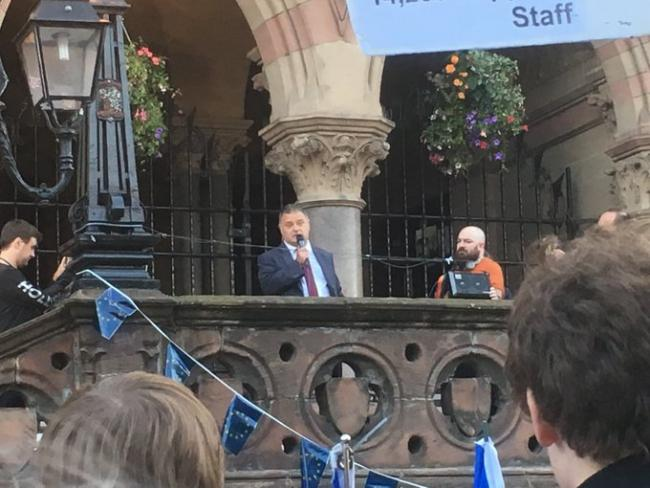 Weaver Vale MP addresses rally saying plan to  suspend parliament is 'grotesque affront'