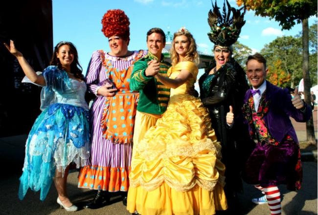 Snow White and other cast members from The Brindley pantomime.