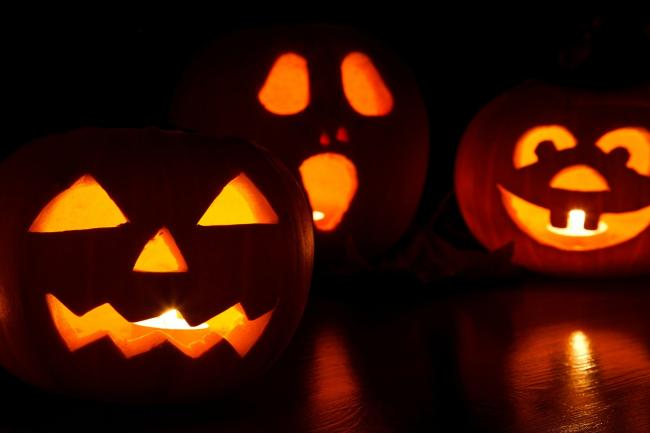 Cheshire Police urge residents not to go trick or treating this Halloween