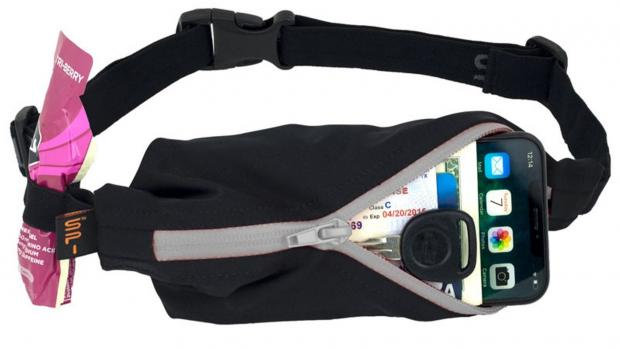 Runcorn and Widnes World: Best health and fitness gifts 2020: SPIbelt Performance Series Water-Resistant Running Belt Credit: Spibelt