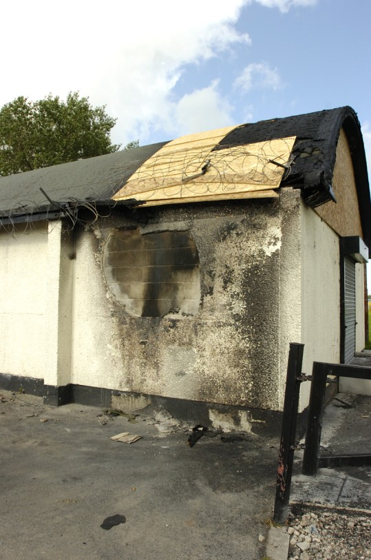 Arsonists destroy roof of Runcorn