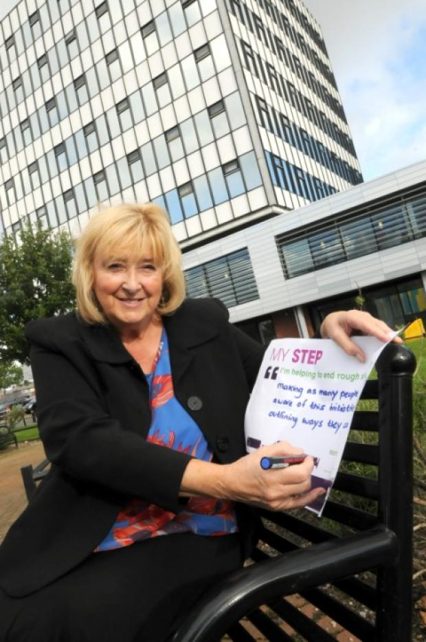 Clr Marie Wright signs up to a national campaign to combat rough sleeping