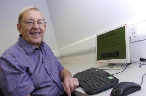 Alan Rowlands masters computer skills at Halton Library