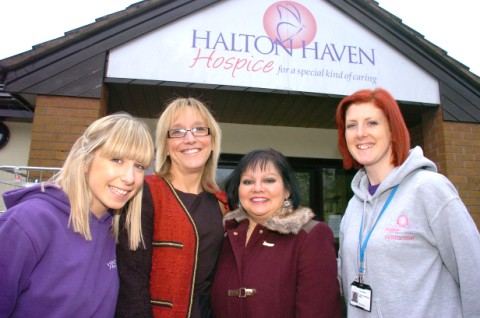 Hannah Denny from the hospice with Linda Holbrook and Shirl