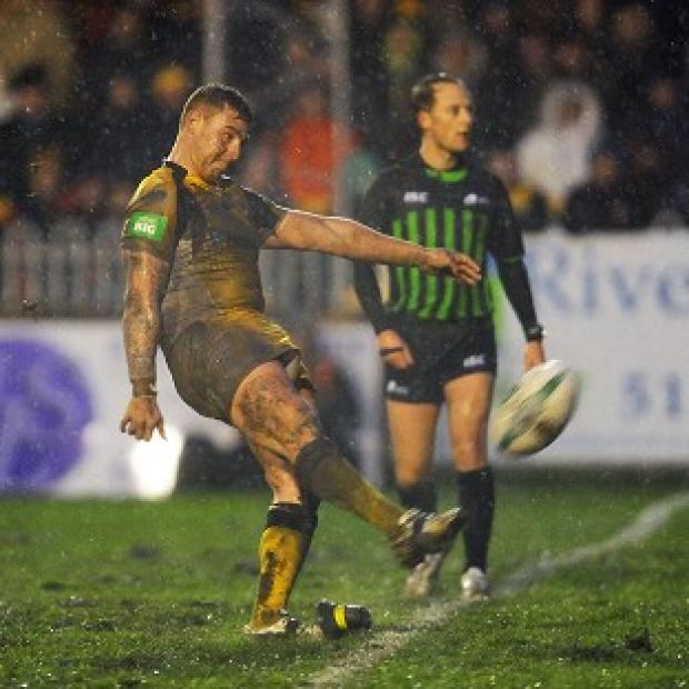 Jamie Ellis kicks the winning penalty for Castleford
