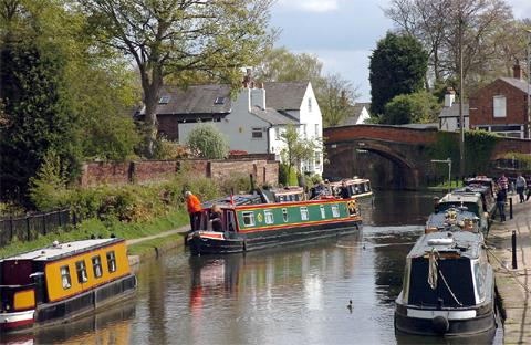 There's more than just the dam in Lymm, as this walk proves