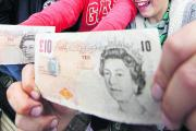 Scramble as £10 notes scattered across Bexley
