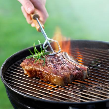 Keep children away from barbecues