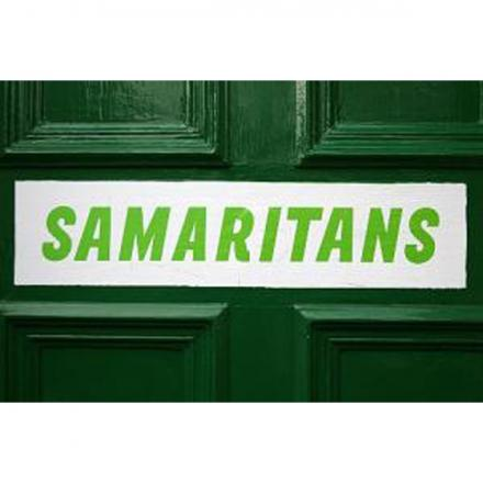 Samaritans spread message at Widnes train station