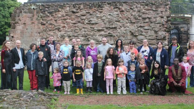 Runcorn children with the cast of Young Dracula