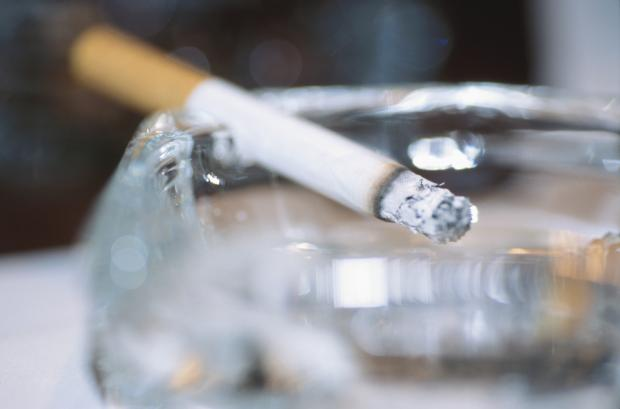 Council signs up to cut smoking levels in town