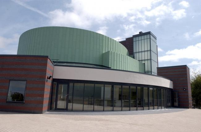 Coronavirus closes the Brindley, libraries and leisure centres