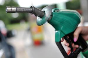 Supermarkets to cut fuel prices this weekend