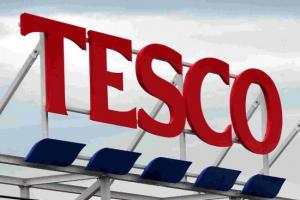 Tesco staff are staging 80s fundraiser to tackle heart disease and diabetes
