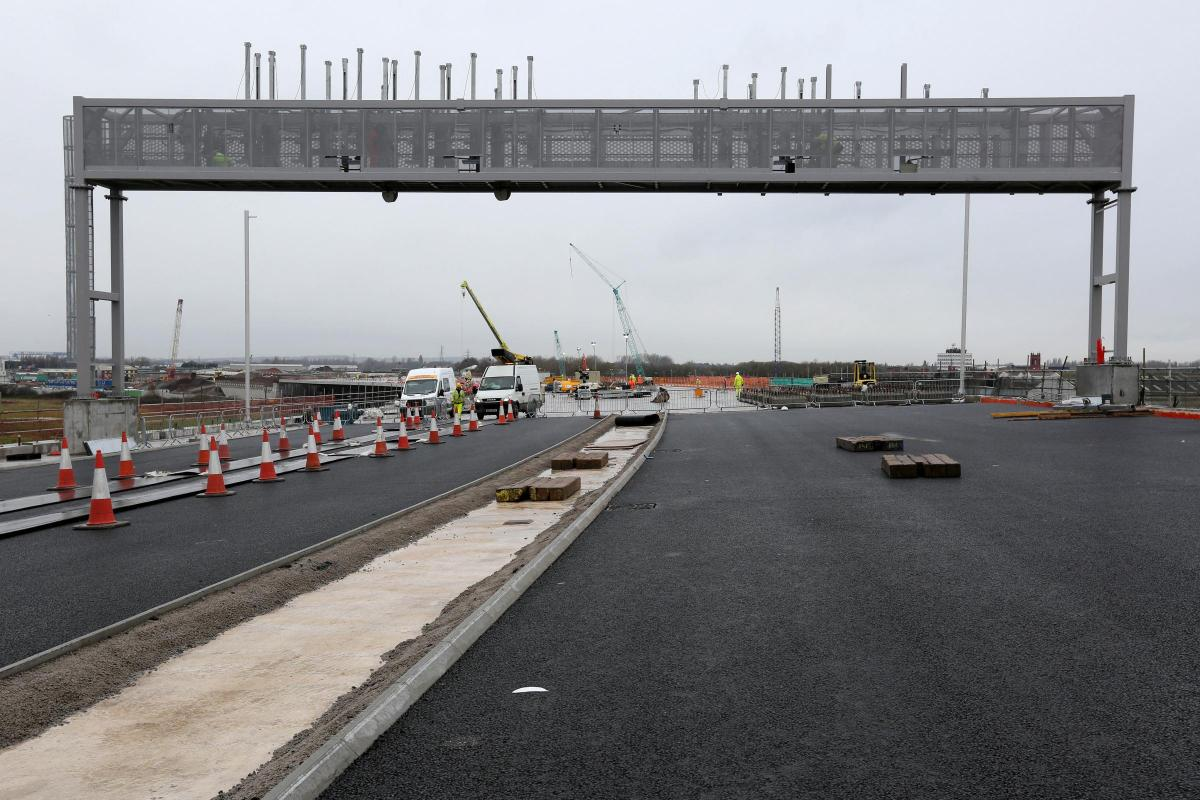 All vehicles crossing the new Mersey Gateway and Silver Jubilee bridge will pass under a tolling gantry