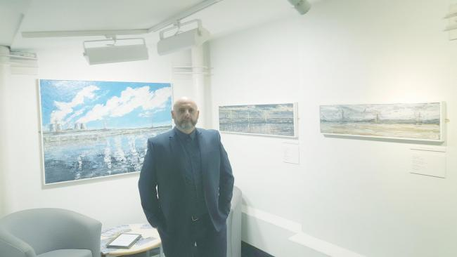 Shaun Smyth at his exhibition Crossings in the Catalyst Science Discovery Centre