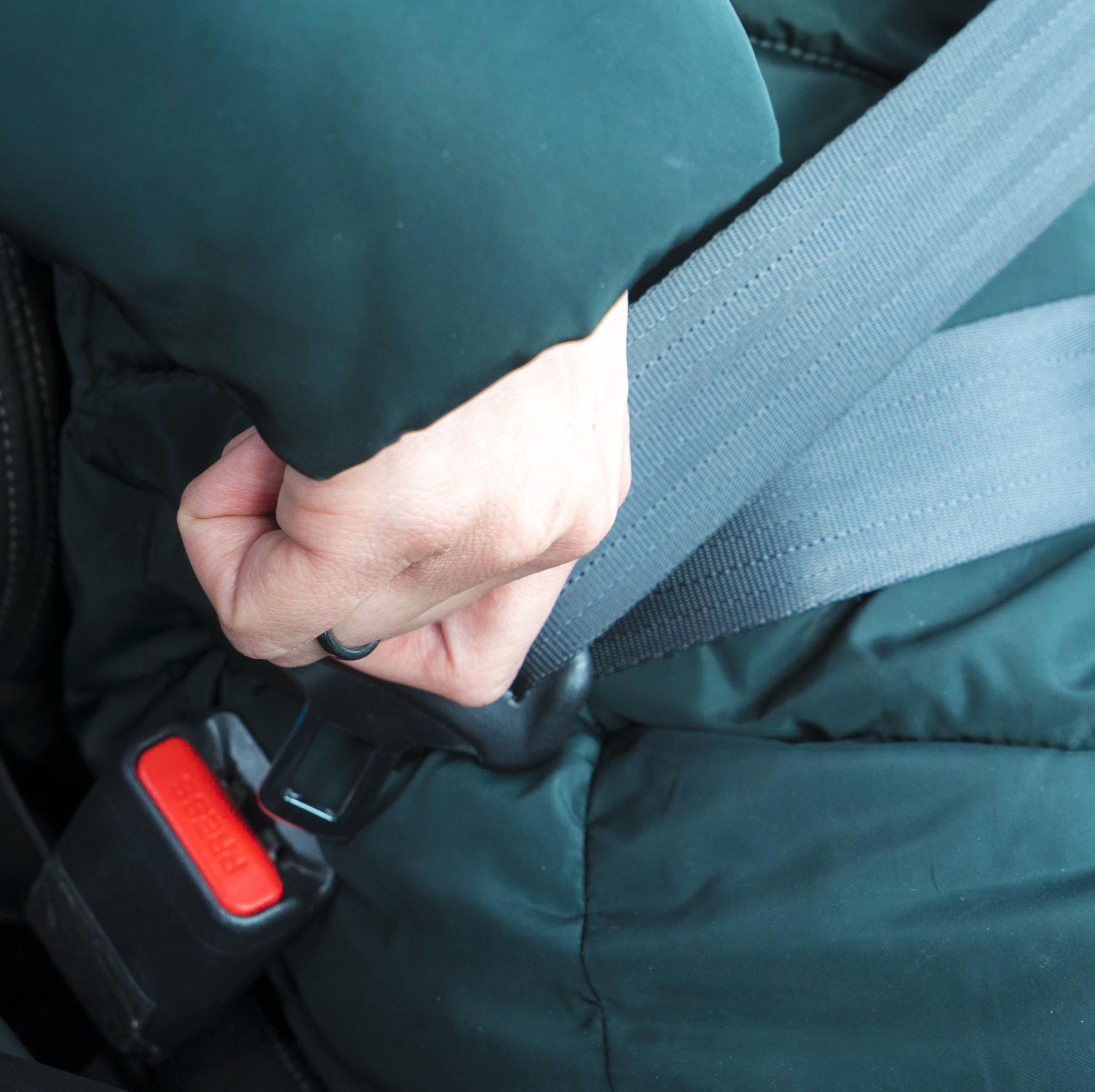 Drivers reminded to wear seatbelts or face a fine of up to £500