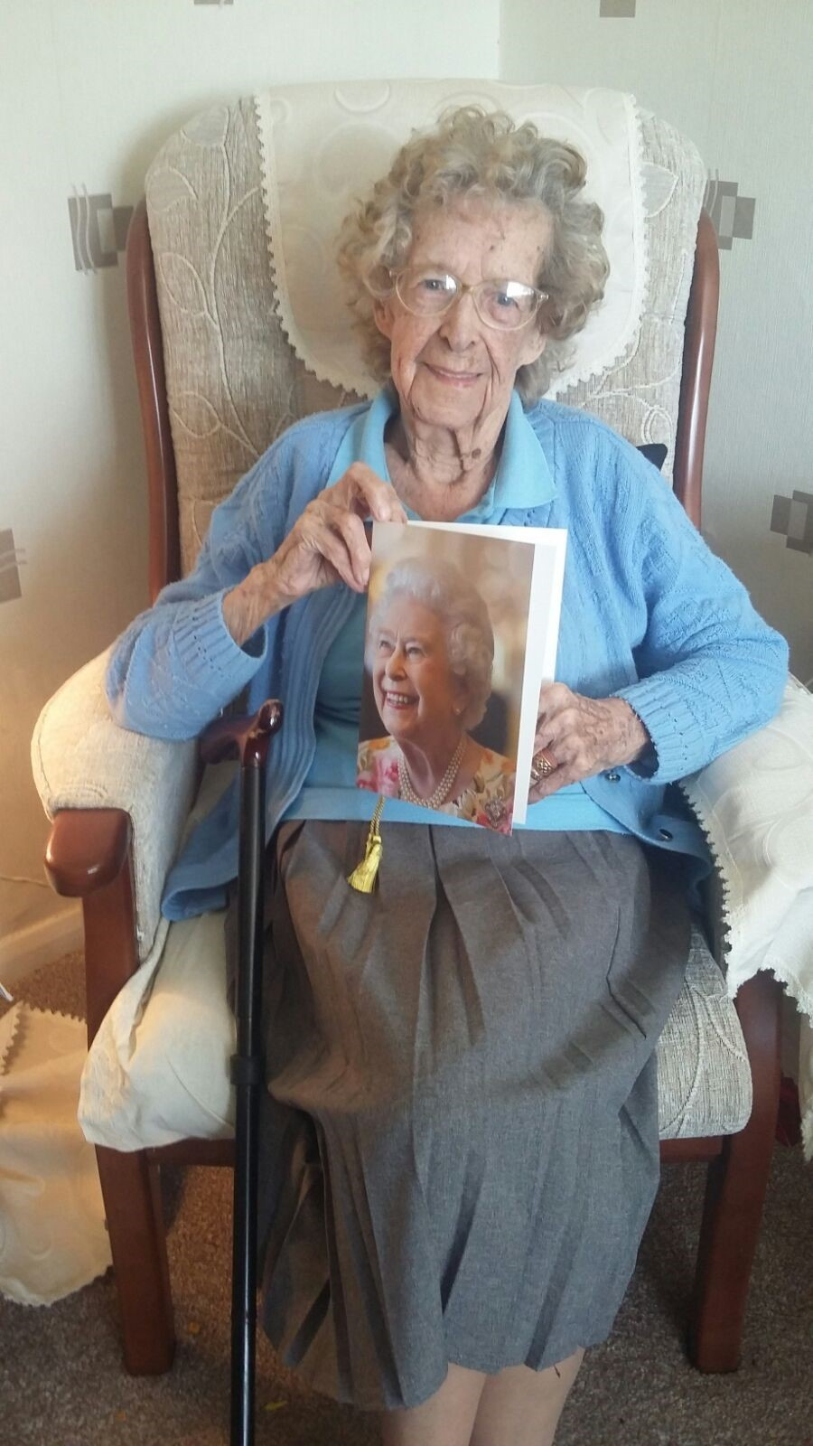 Elsie Irving receives a card from the Queen to mark her 100th birthday
