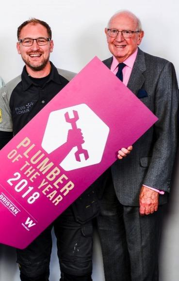 (Left to right) UK Plumber of the Year 2018 Steve Bartin with WaterSafe Chairman Chris Sneath